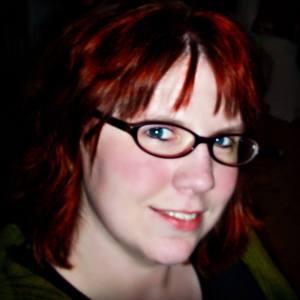 Headshot of author Samantha Warren
